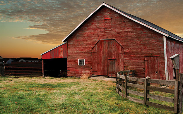 Red_Barn_april2013_feat