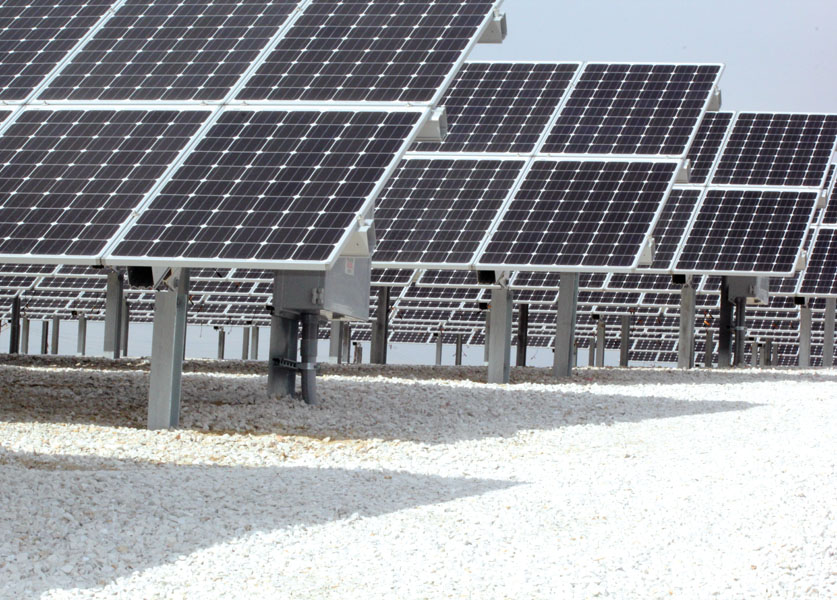 The Scott County Solar Plant consists of 2,223 solar panels, all manufactured in the U.S.