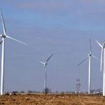 WindTurbines(4890)12-17-04RCrp