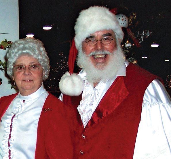 The Wendling dressed as Mrs. and Mr. Claus