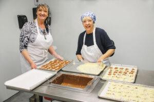 Sisters dip chocolate at Flesor's