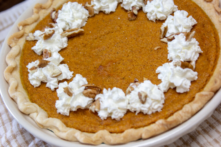 Pecan Crunch Pumpkin Pie