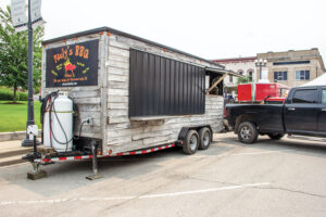 Paulys-BBQ-trailer