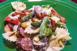 Alfredo Pasta-sausage-vegetables