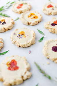 Cookies-with-flowers