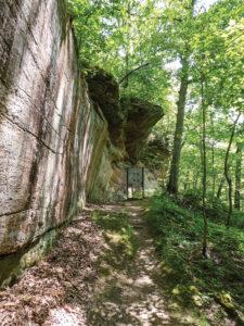 Piney-Creek-Ravine-Cliffs-3