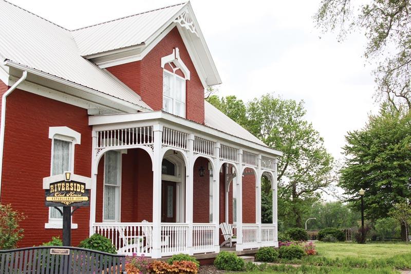 Riverside Club House